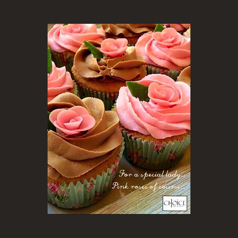 Cupcakes με topper τριαντάφυλλο